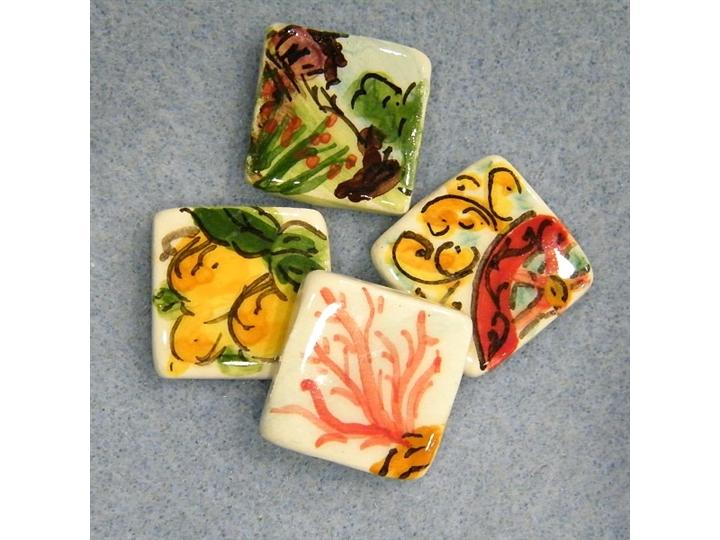 Piastrelle in ceramica di caltagirone coppia happyland - Piastrelle di ceramica ...